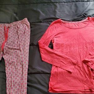 med pj set, pink top and bottoms